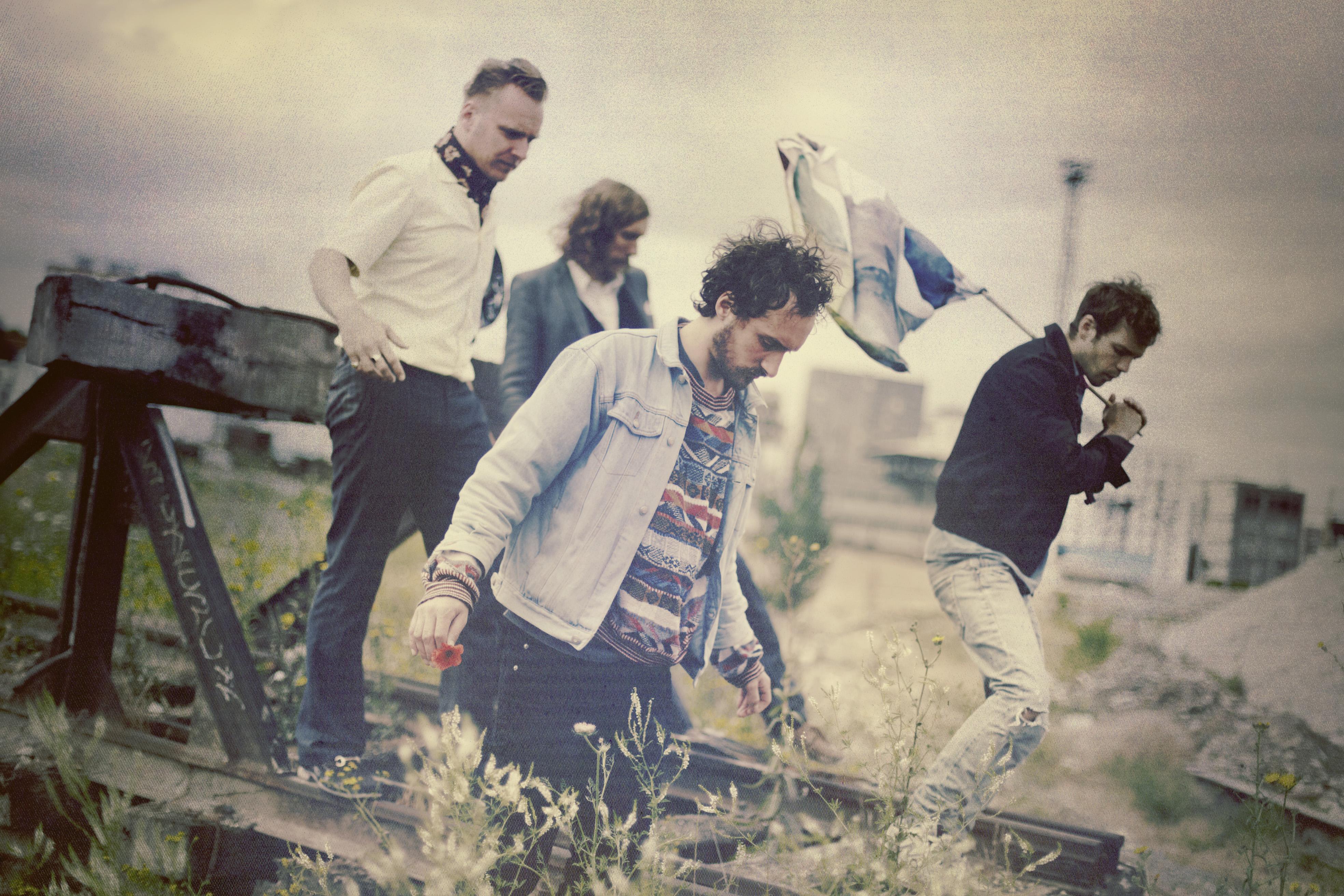 4 Guys From The Future - Adagio